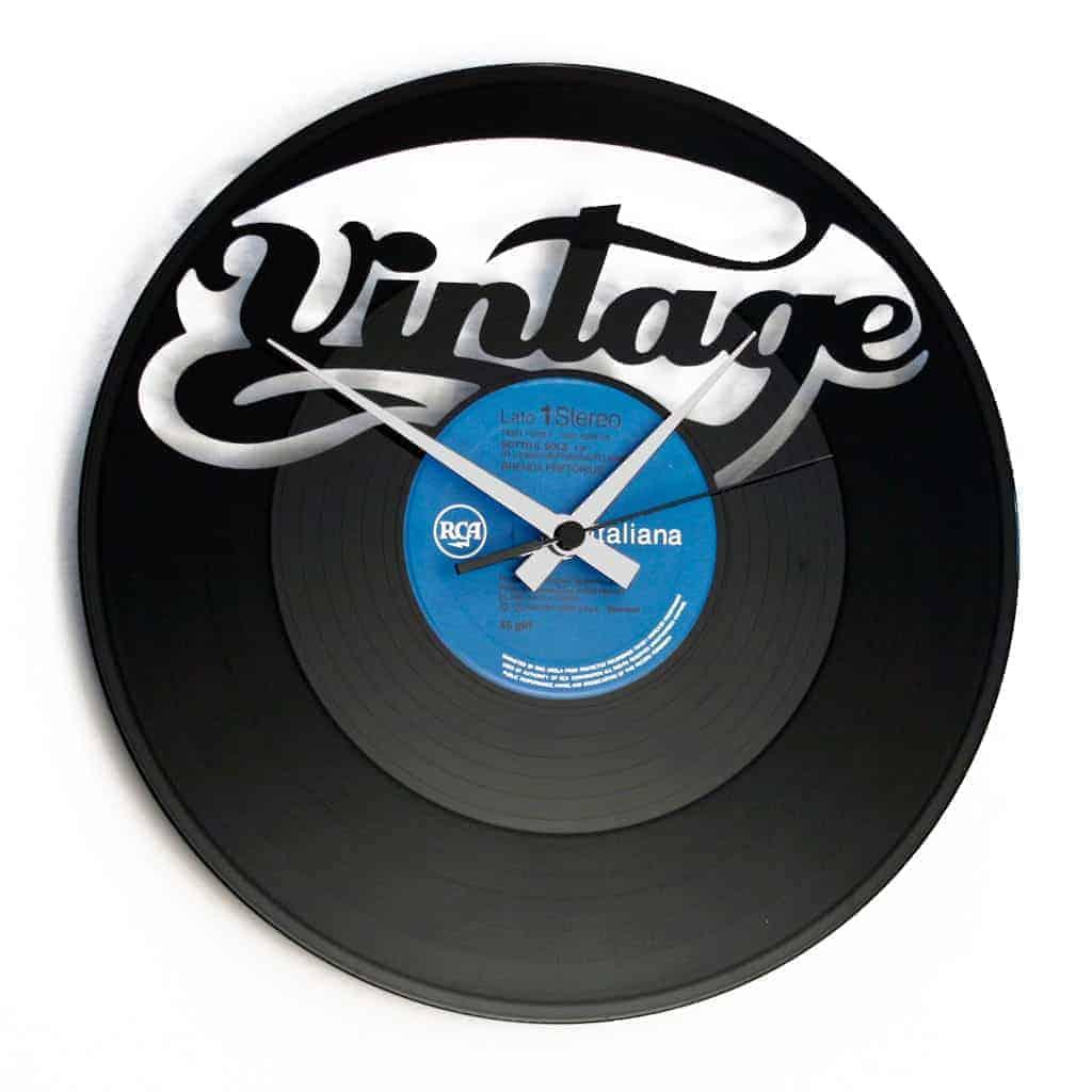 VINTAGE stenska ura iz gramofonske plošče
