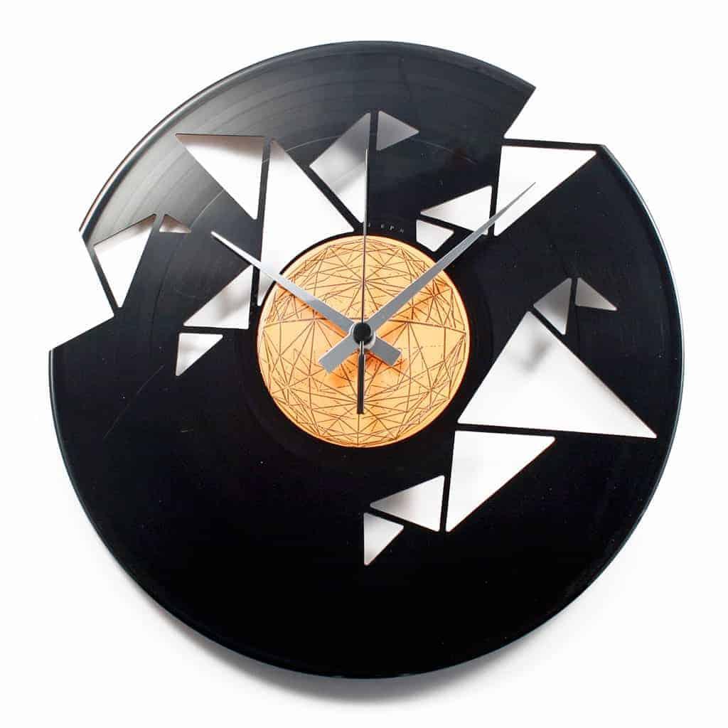 ORIGAMI stenska ura iz gramofonske plošče