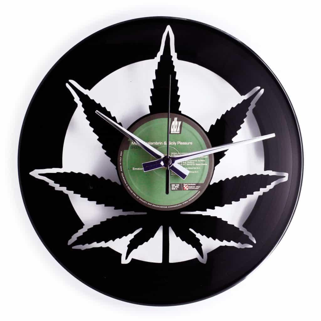 orologio in vinile foglia marijuana