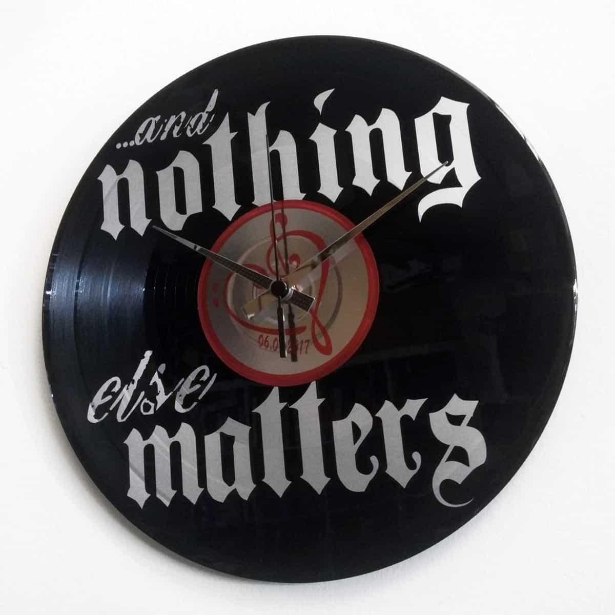 orologio-vinile-nothing-else-matters
