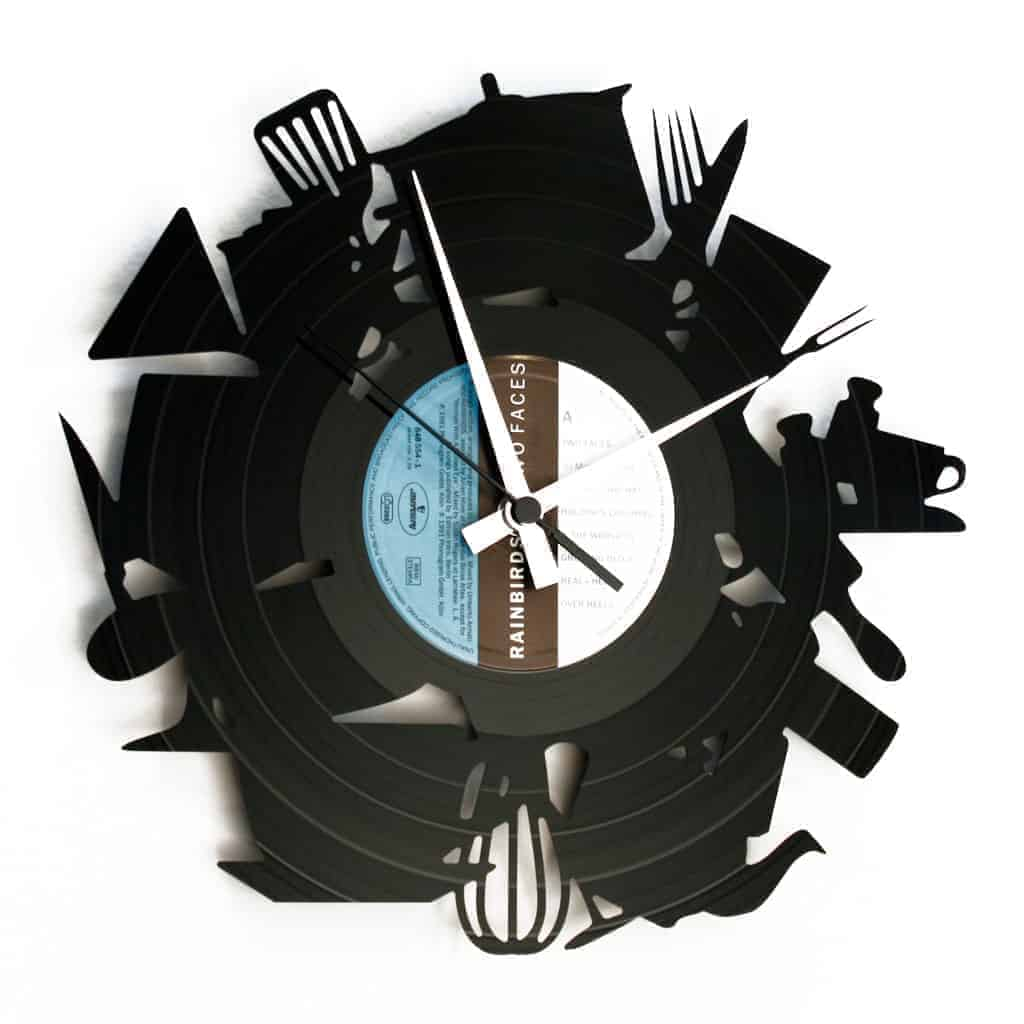 kitchen vinyl record clock