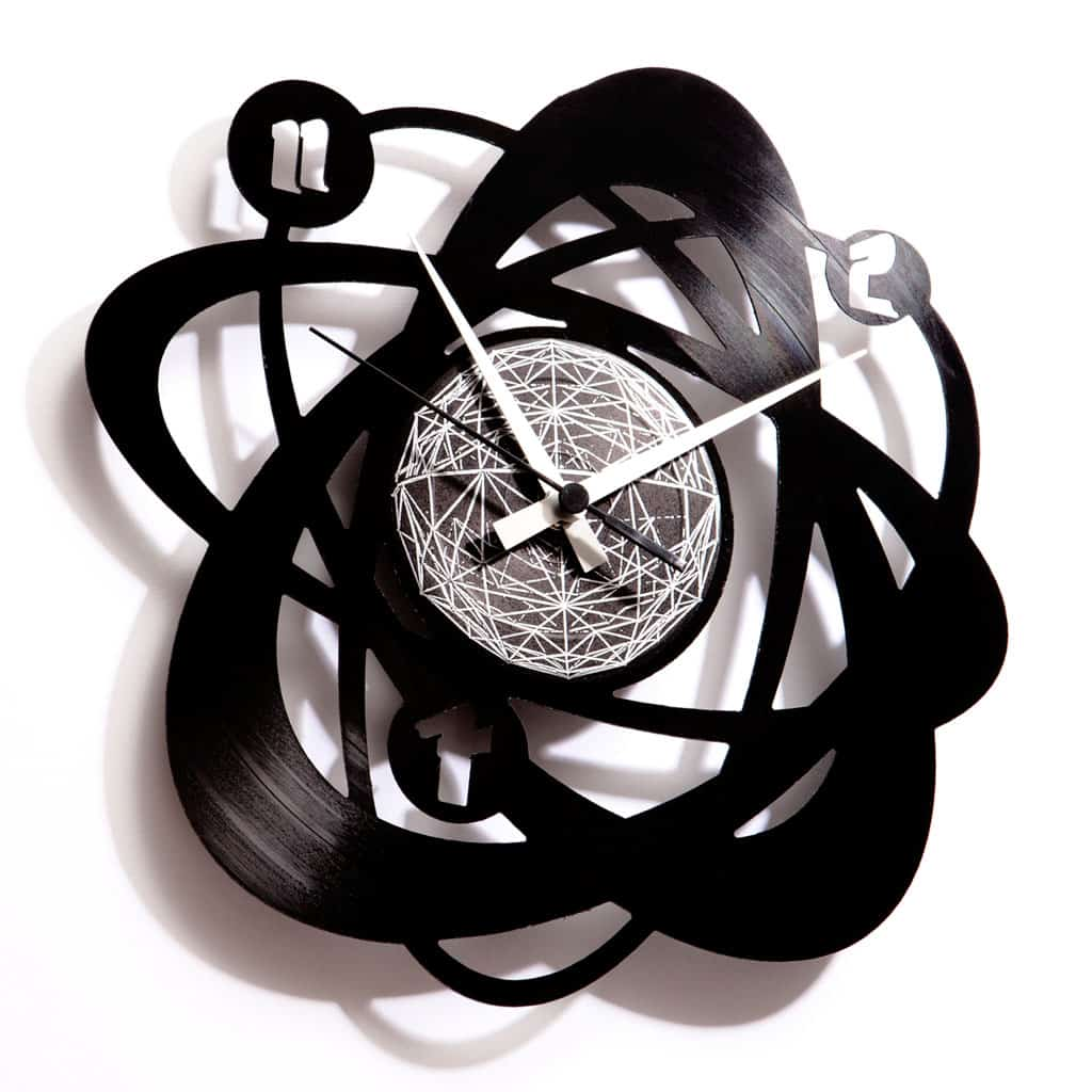 atom vinyl record clock