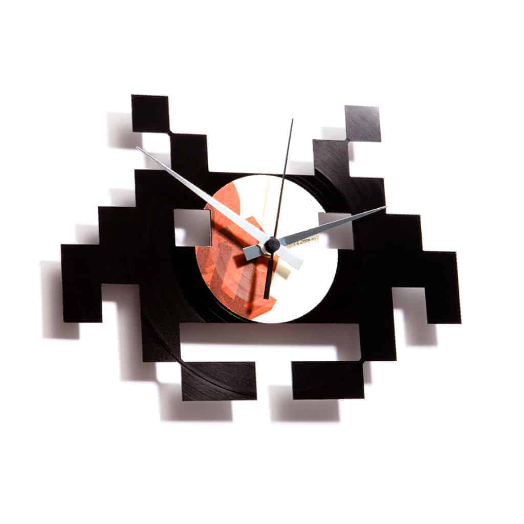 SPACE INVADERS vinyl record clock