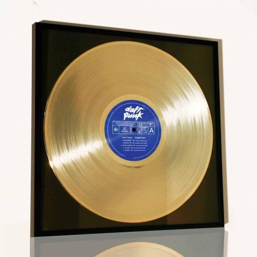 disco d'oro in vinile incorniciato daft punk homework