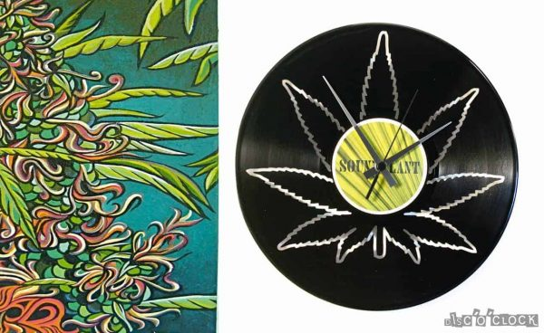 hemp vinyl record clock