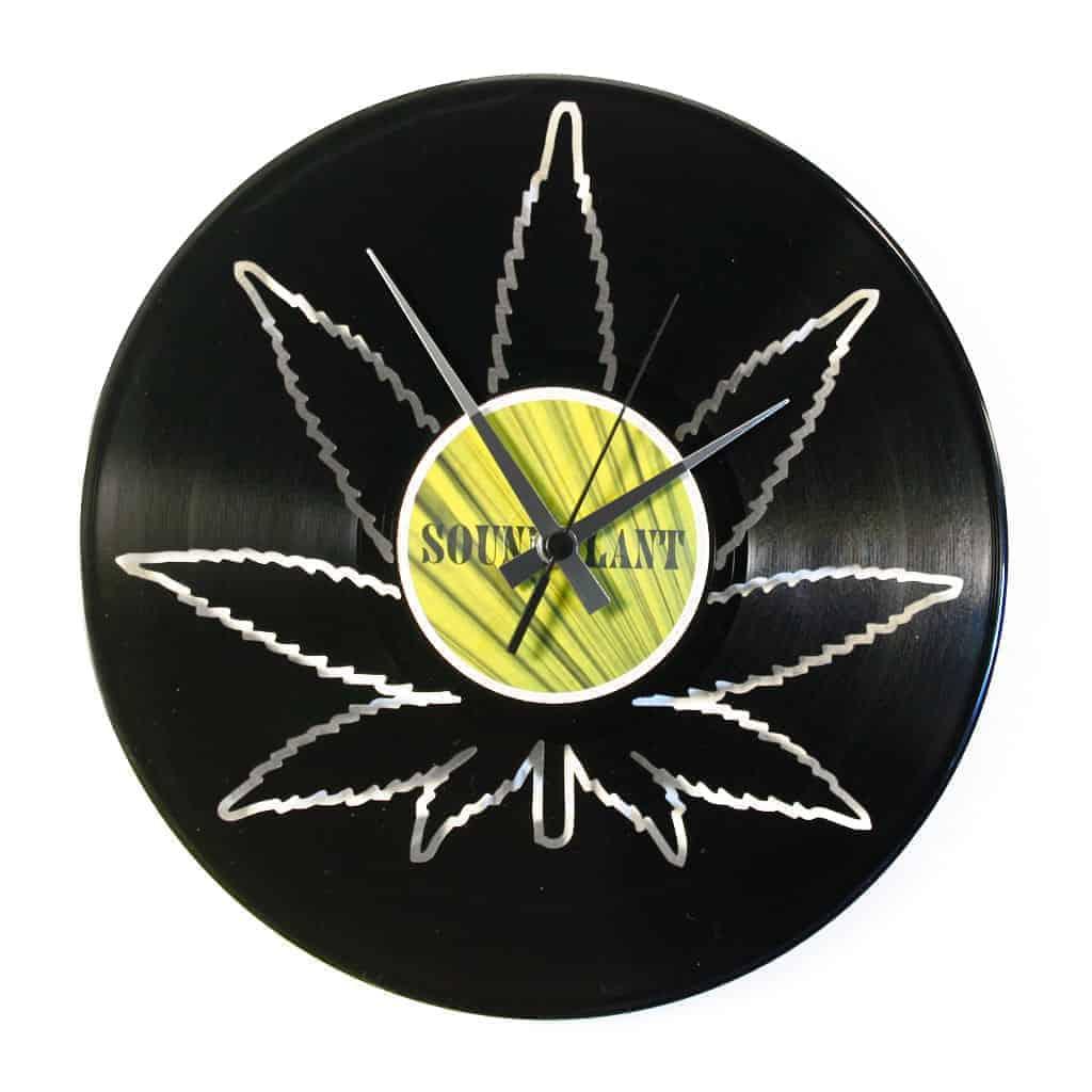 PLAY THAT BASS vinyl record clock